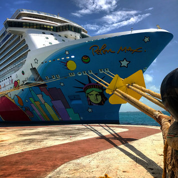 Photo of Norwegian Cruise Line uploaded by Jonathan S.