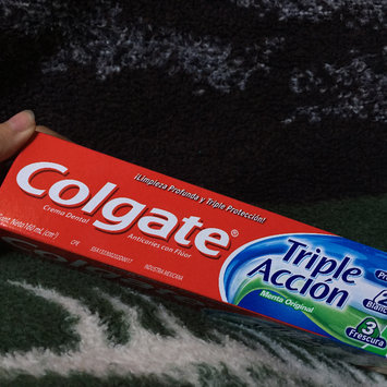 Photo of Colgate® Triple Action Fluoride Toothpaste Original Mint uploaded by Yaritza V.