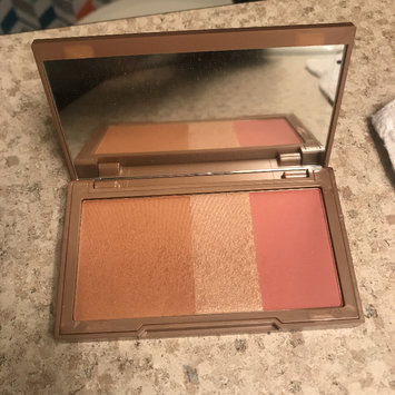 Photo of Urban Decay Naked Flushed uploaded by Isabella N.