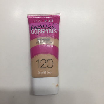 Photo of COVERGIRL Ready Set Gorgeous Foundation uploaded by Luisa F.