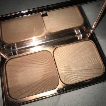 Photo of Charlotte Tilbury Filmstar Bronze & Glow Face Sculpt & Highlight uploaded by Kat W.