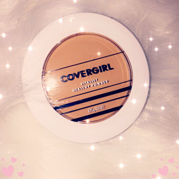 Photo of COVERGIRL Vitalist Healthy Setting Powder uploaded by mochahontas S.
