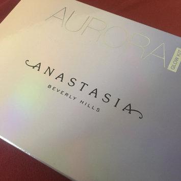 Photo of Anastasia Beverly Hills Aurora Glow Kit uploaded by Caitlynn E.