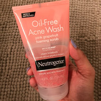 Neutrogena® Oil-Free Acne Wash Pink Grapefruit Foaming Scrub uploaded by Namrata P.