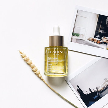 Photo of Clarins Lotus Face Treatment Oil-Oily or Combination Skin uploaded by Ekaterina T.