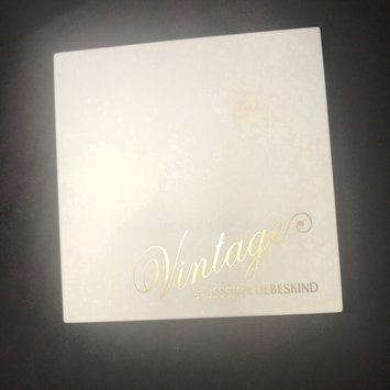 Photo of Jessica Liebeskind Illuminating Face Highlighter uploaded by Heba S.