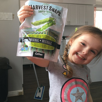 Photo of Harvest Snaps Snapea Crisps Lightly Salted uploaded by Ashley C.