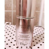 Dior Capture Totale Le Sérum - Total Youth Skincare That Intensely Replumps The Skin uploaded by Cyndi G.