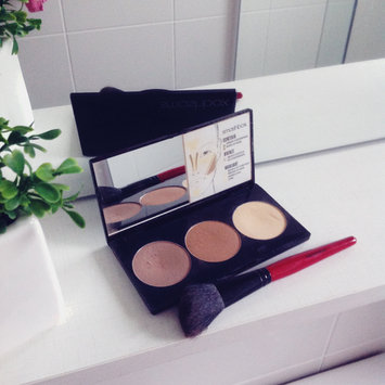 Photo of Smashbox Step By Step Contour Kit uploaded by Luisa Q.