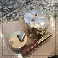bareMinerals Deluxe Collector's Edition Mineral Veil Finishing Powder uploaded by sofia d.