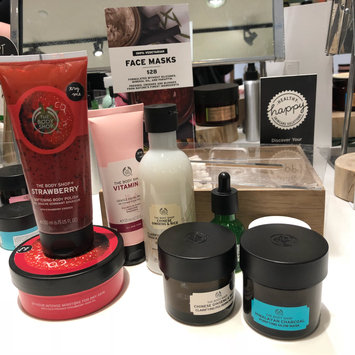 Photo of The Body Shop Charcoal Face Mask uploaded by Elizabeth T.