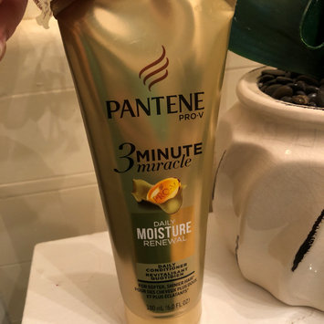Photo of Pantene 3 Minute Miracle Moisture Renewal Deep Conditioner uploaded by Pilar G.