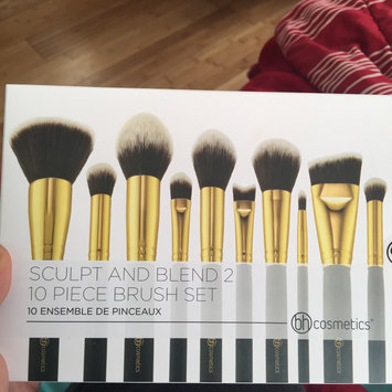 Photo of BH Cosmetics Sculpt and Blend 2 - 10 Piece Brush Set uploaded by Sinjai I.