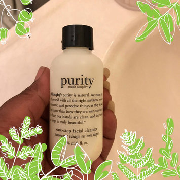 Photo of philosophy purity made simple one-step facial cleanser uploaded by C'estMartine K.