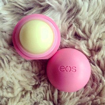 Photo of eos® Organic Smooth Sphere Lip Balm uploaded by Luna B.