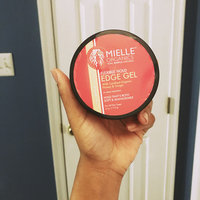 Mielle Organics Edge 4-ounce Gel with Honey & Ginger uploaded by helloloverly S.