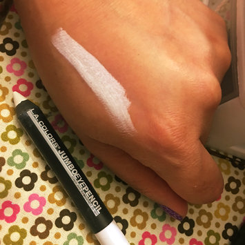 Photo of L.A. Colors Jumbo Eyeshadow Pencil uploaded by julisa M.