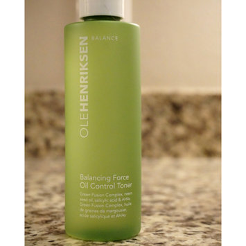 Photo of OLEHENRIKSEN Balancing Force™ Oil Control Toner uploaded by Madisynn W.