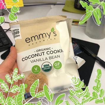 Photo of Emmy's Organics Coconut Vanilla Macaroons - 2 oz uploaded by Leidy Z.