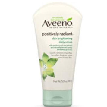 Photo of Aveeno Positively Radiant Skin Brightening Daily Scrub uploaded by Evelyn S.
