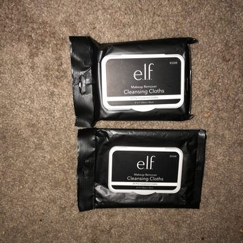 Photo of e.l.f. Makeup Remover Exfoliating Cleansing Cloths uploaded by Kayla H.