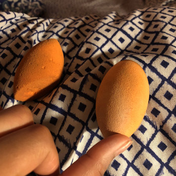 Photo of Real Techniques Miracle Complexion Sponge uploaded by Aaries G.