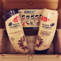 Head & Shoulders Nourishing Hair & Scalp Care Conditioner uploaded by Hayley M.