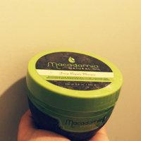 Macadamia Natural Oil Deep Repair Masque (250ml) uploaded by Jane T.
