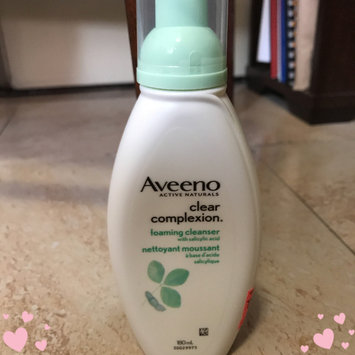 Photo of Aveeno Clear Complexion Foaming Cleanser uploaded by Hana A.