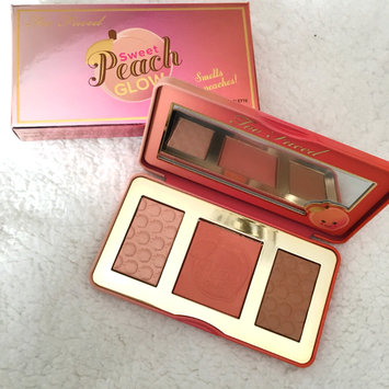 Photo of Too Faced Sweet Peach Glow Infused Highlighting Palette uploaded by ✨L A.