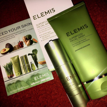 Photo of ELEMIS Superfood Day Cream uploaded by Laura J.