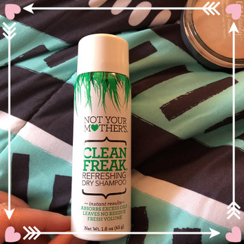 Photo of Not Your Mother's® Clean Freak™ Refreshing Dry Shampoo uploaded by Amy G.