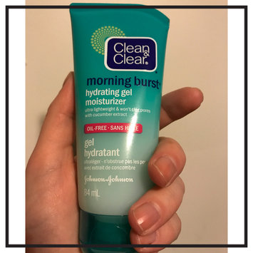 Photo of Clean & Clear® Morning Burst® Hydrating Gel Moisturizer uploaded by amber s.
