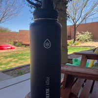 Takeya 32 Oz Ocean Thermoflask Stainless Bottle uploaded by Emily B.
