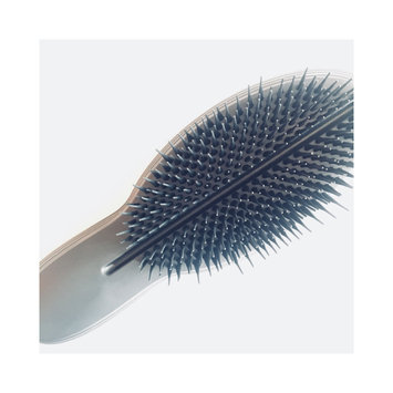 Photo of Tangle Teezer The Ultimate Professional Finishing Hairbrush uploaded by Christine P.