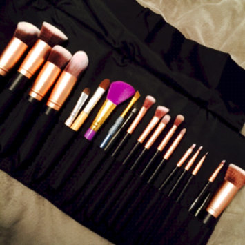 Photo of BS-MALL(TM) Premium Synthetic Kabuki Makeup Brush Set Cosmetics Foundation Blending Blush Eyeliner Face Powder Brush Makeup Brush Kit uploaded by Victoria P.