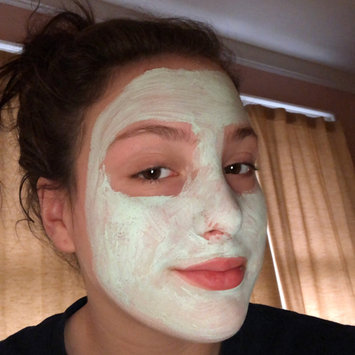 Photo of Freeman Feeling Beautiful Purifying Avocado & Oatmeal Clay Mask uploaded by Calie P.
