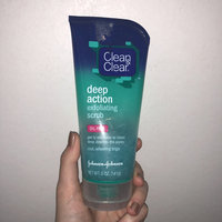 Clean & Clear® Deep Action Exfoliating Scrub uploaded by Bailey L.