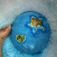 LUSH Shoot For The Stars Bath Bomb uploaded by Courtney 💉.