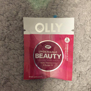 Photo of Olly Undeniable Beauty Grapefruit Glam Vitamin Gummies uploaded by Karla R.