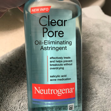 Photo of Neutrogena® Clear Pore Oil-Eliminating Astringent uploaded by Kaila D.