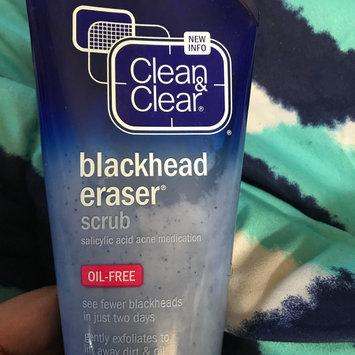 Photo of Clean & Clear® Blackhead Eraser™ Scrub uploaded by Kierra B.