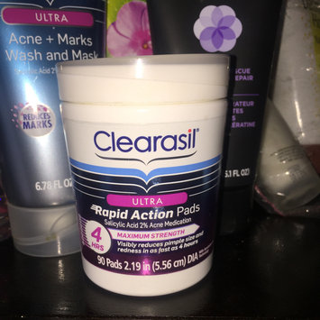 Photo of CLEARASIL® Rapid Rescue Deep Treatment Pads uploaded by Chakirah K.