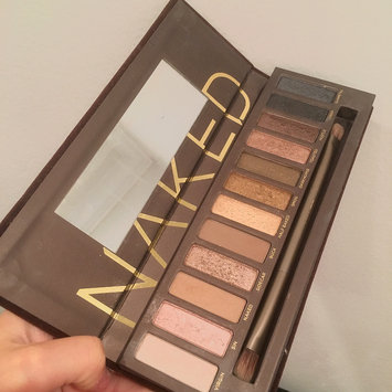 Photo of Urban Decay Naked Palette uploaded by alessandra n.
