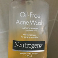 Neutrogena Visibly Clear Spot Proofing Daily Wash uploaded by Suzana T.