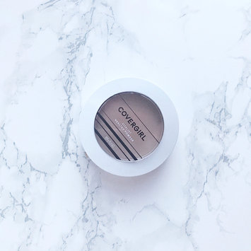 Photo of COVERGIRL Vitalist Healthy Setting Powder uploaded by Ary A.
