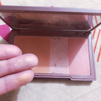 Photo of Urban Decay Naked Flushed uploaded by Wish W.