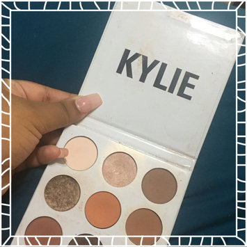 Photo of Kylie Cosmetics The Bronze Palette Kyshadow uploaded by Hismarelys S.