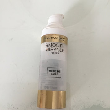 Photo of 3 x Max Factor Smooth Miracle Primer Smooths Skin Texture 30ml - Sealed uploaded by Darcey A.