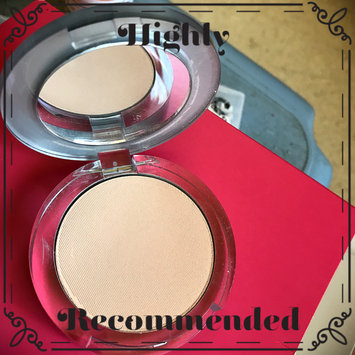 Photo of Pur Minerals 4-In-1 Pressed Mineral Makeup uploaded by Bonnie L.